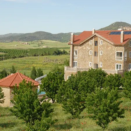 hotel le palais des cerisiers azrou