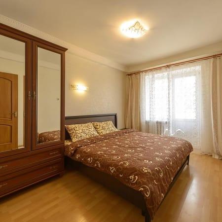 Hus Lägenhet 2 Bedroom Apartment Obolon Metro Kiev