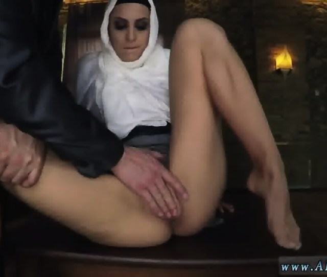 Arab Big Booty Sex Xxx Hungry Woman Gets Food And Fuck Scene