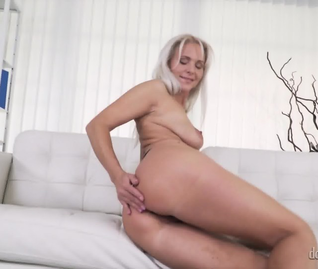 Sexy Girls Take Off Clothes Scene