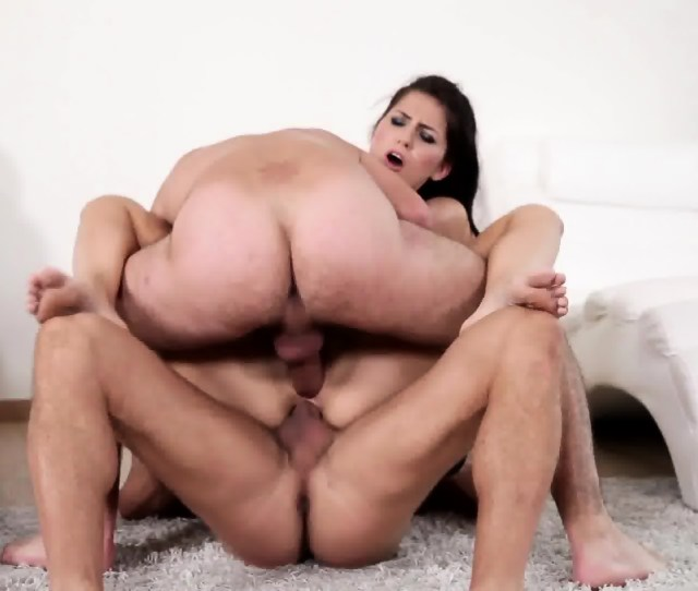 Double Penetration Of Sexy Lady With Stockings Scene