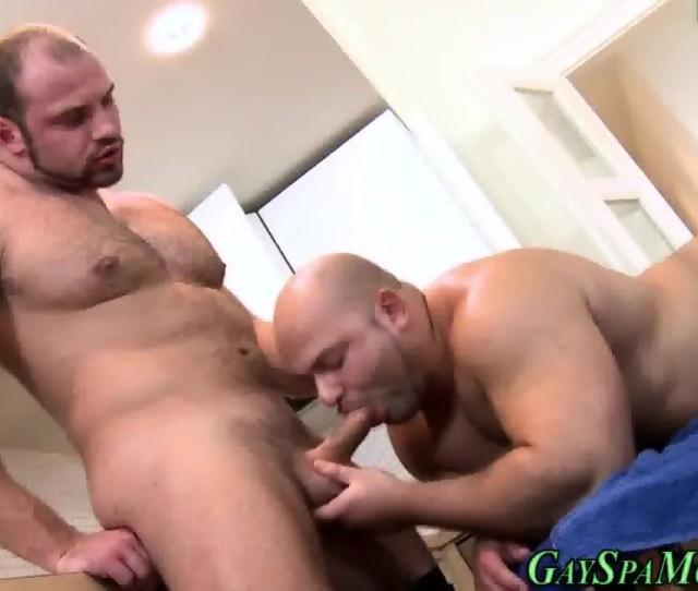Muscle Bears Suck N Fuck Scene 9