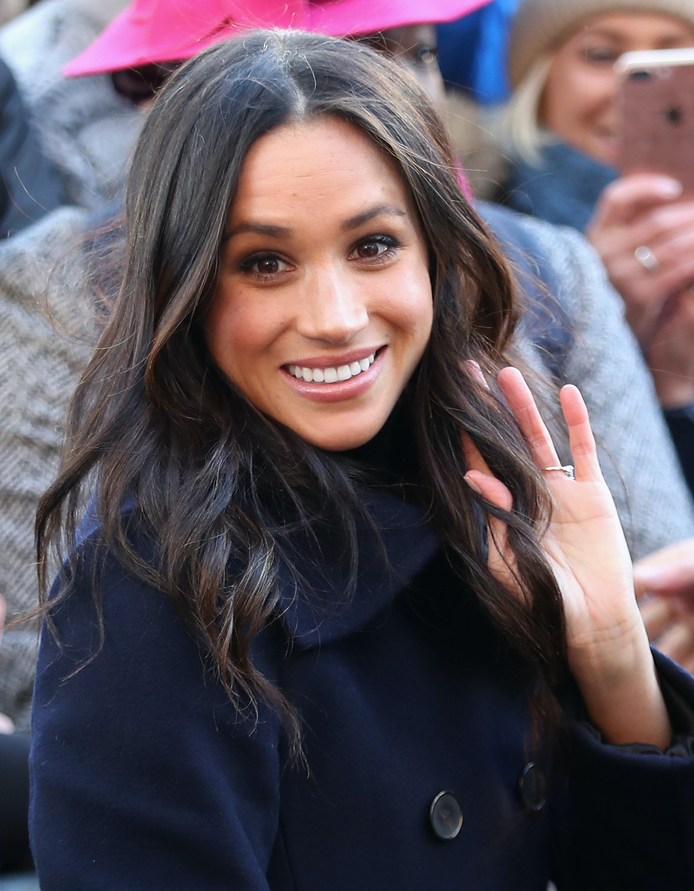 Photos Of Meghan Markle S Natural Hair Has Twitter Praising Curls In The Royal Palace