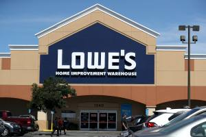 Lowe's Black Friday 2019 Ad Is Going To Make You Feel So Efficient