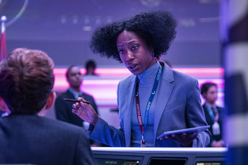 Nikki Amuka-Bird stars on 'Avenue 5' as Rav Mulcair