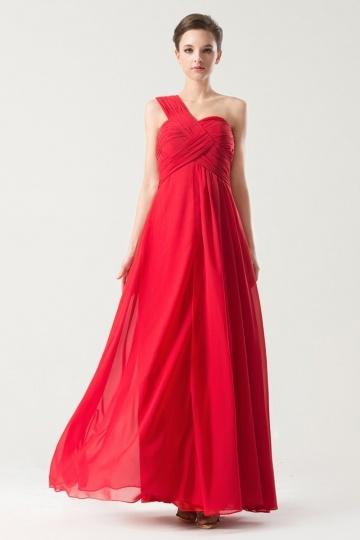 robe-rouge-pour-soiree-asymetrique-bustiter-plisse-empire-mousseline