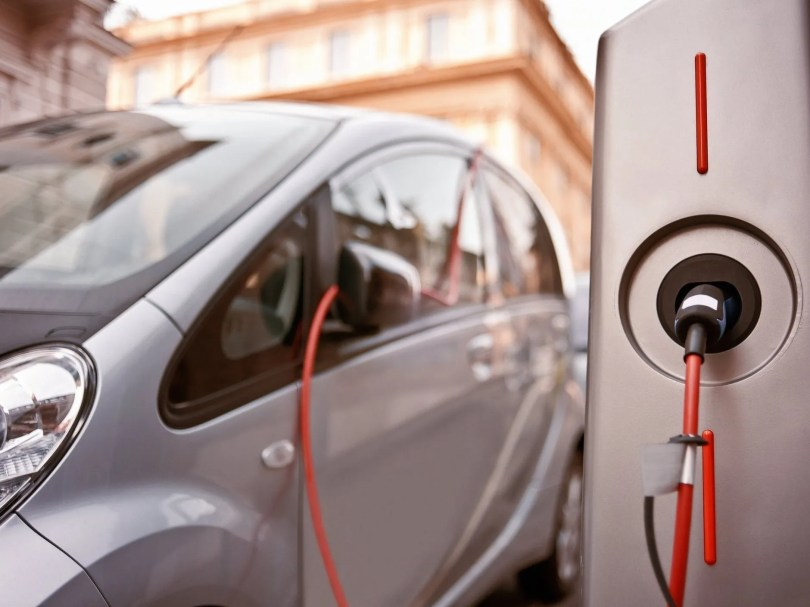Gujarat Electric Vehicle Policy 2021 released; Govt to give up to Rs 1.5 lakh subsidy on electric cars