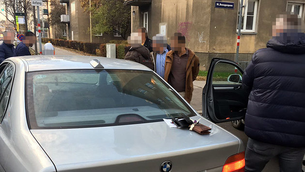 Polizeizugriff mit zwei Festnahmen mitten in Wien-Ottakring