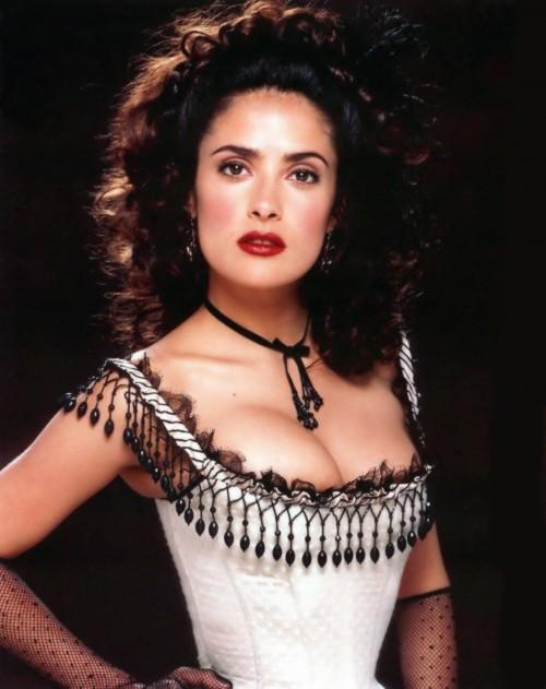 Salma-Hayek-Sexy-Corset-in-Wild-Wild-West-8.md.jpg