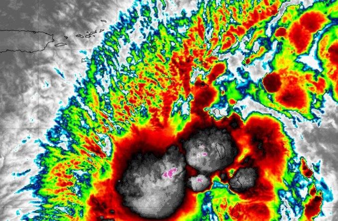 Potencial Ciclón aumenta sus vientos a 45 millas por hora