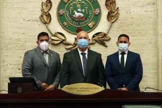 """Juramentan los sucesores de """"Tata"""" Charbonier y Nelson del Valle"""