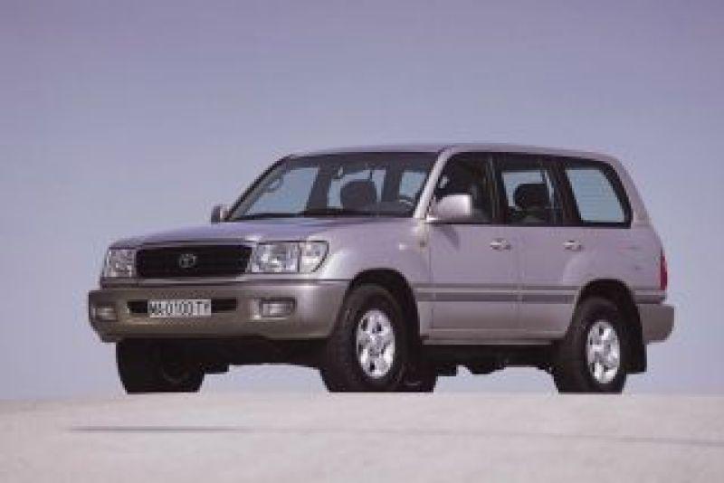 Toyota Land Cruiser 100, source: Toyota