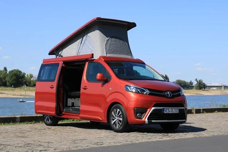 Campingbus (Lunar Lerina) auf Toyota Proace Basis