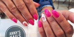 Погрижи се за визията на ноктите - маникюр с гел лак