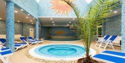 Почивка във Варна! Нощувка за до четирима, плюс 3 часа на ден ползване на топъл вътрешен басейн и релакс зона