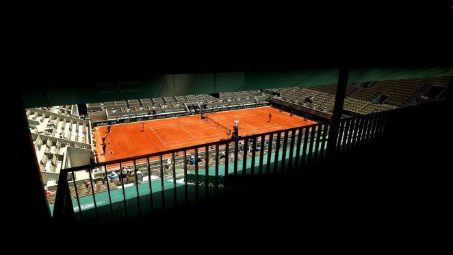 Vue sur le court Philippe-Chatrier lors du premier quart de finale dames à Roland-Garros 2021