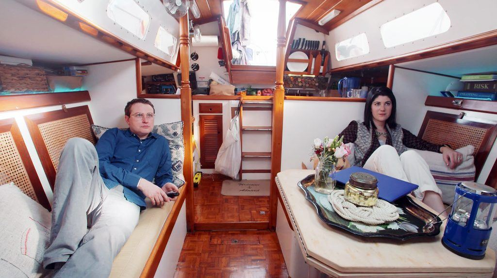 Everything You Need To Know About Houseboat Living In NYC From Finding A Boat To Securing A