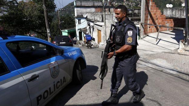 Quem so os policiais que querem a legalizao das drogas e o fim da violncia na corporao