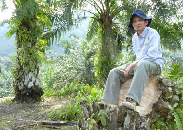 Rudi Putra pictured in 2014, the year he won a Goldman Prize recognizing his work protecting the Leuser ecosystem. Photo by Colleen Kimmett