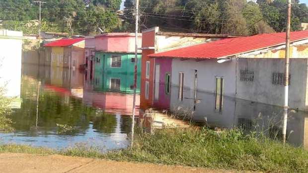 La zona de inundación en la Ciudad Bolívar se concentra en las calles alrededor del Paseo Orinoco. Fotos: José Félix Leal.