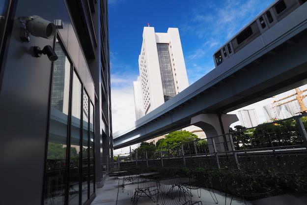 HOTEL TAVINOS 大廳旁的戶外位置