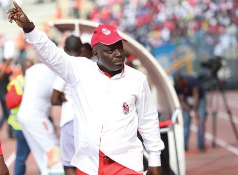 Bento Kangamba tranquiliza adeptos do futebol angolano