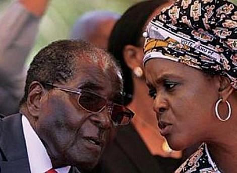 Família Mugabe atravessa dificuldades financeiras