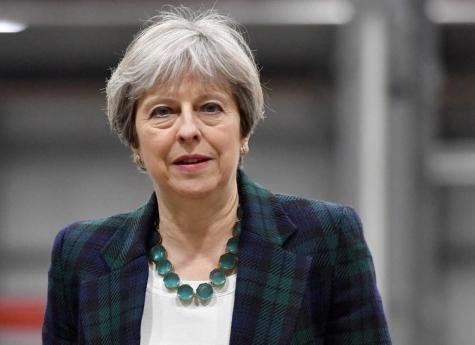 Theresa May cede à pressão e demite-se a 7 de Junho