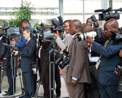 União Europeia reconhece avanços na liberdade de expressão em Angola