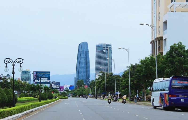 Bí thư Xuân Anh, Đà Nẵng, trung tâm hành chính nghìn tỷ, chặt phá rừng, di dời trung tâm hành chính