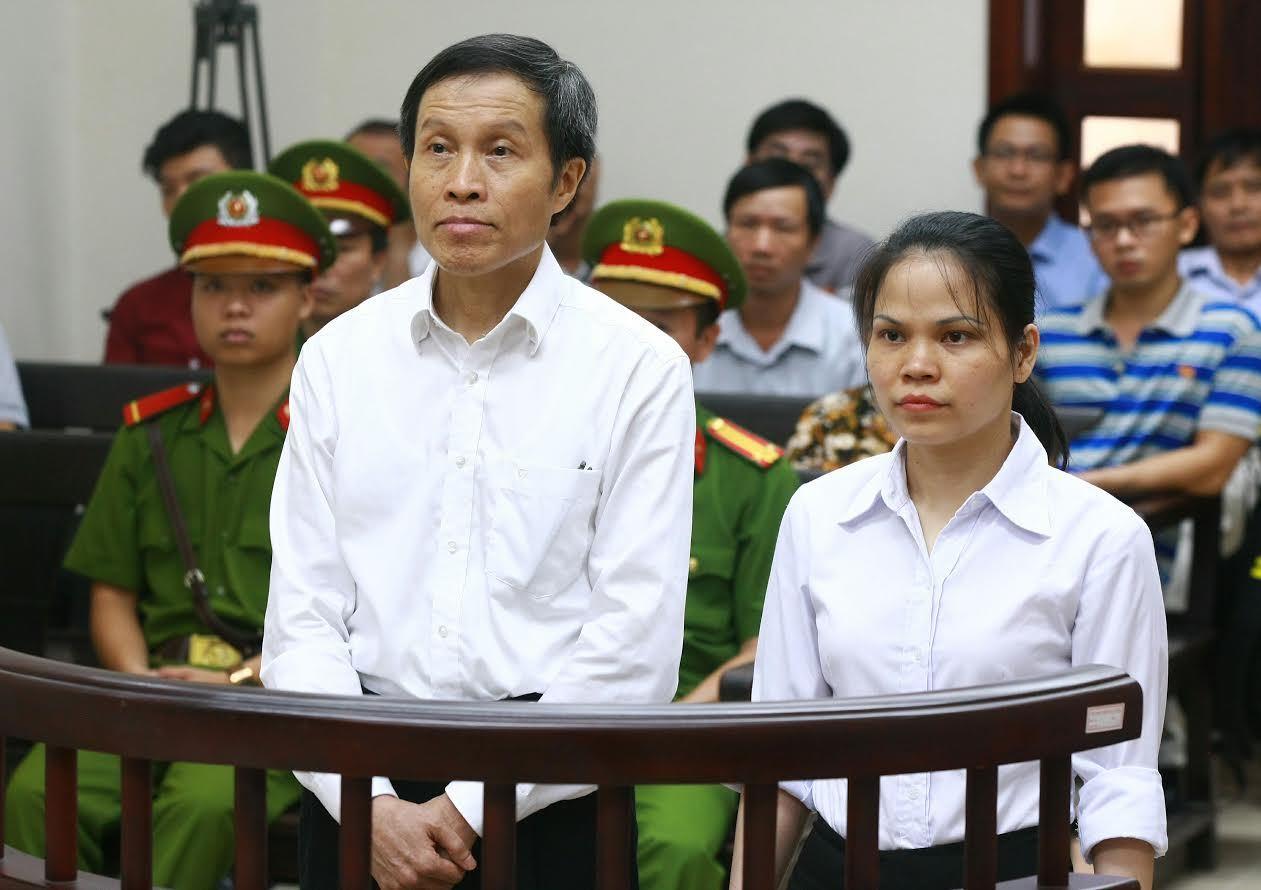 blogger Ba Sàm, xét xử blogger Ba Sàm, bị cáo Nguyễn Hữu Vinh, xử phúc thẩm blogger Ba Sàm, điều 258 bộ luật Hình sự