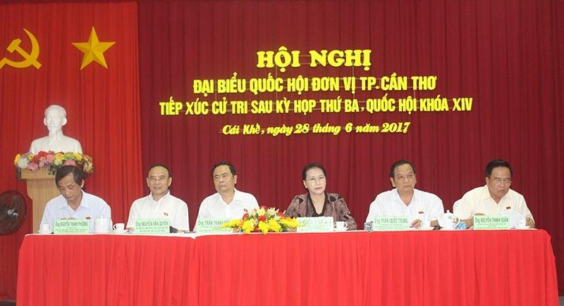 Chủ tịch QH,Nguyễn Thị Kim Ngân,tiếp xúc cử tri,thông tin xấu độc