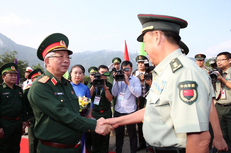 https://i2.wp.com/imgs.vietnamnet.vn/Images/2017/09/23/09/20170923092843-2.jpg