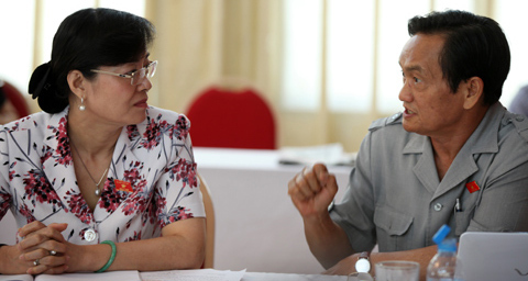 hiến pháp, tên nước, thành phần kinh tế, Phạm Trường Dân, Nguyễn Thị Kim Tiến, Trần Du Lịch
