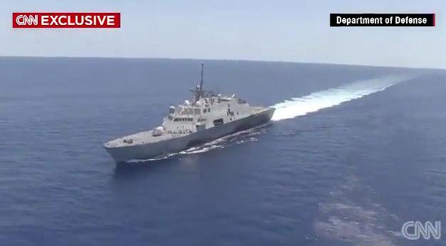 TQ, cải tạo đảo, Biển Đông, Mỹ, Trường Sa, CNN, hải quân, Đá Chữ Thập, tàu sân bay