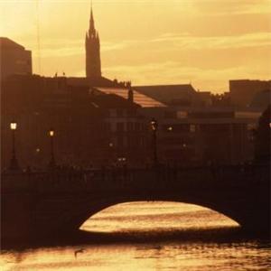 Aer Arann cuts prices on Irish flights