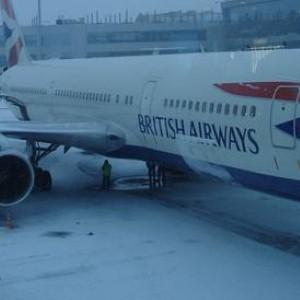 Heathrow Airport plans underground runway heating