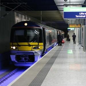 Heathrow Airport train service faces strike