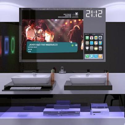 Todas as funções do banheiro Hi-Tech Digital são controladas por controle remoto - Reprodução/Internet