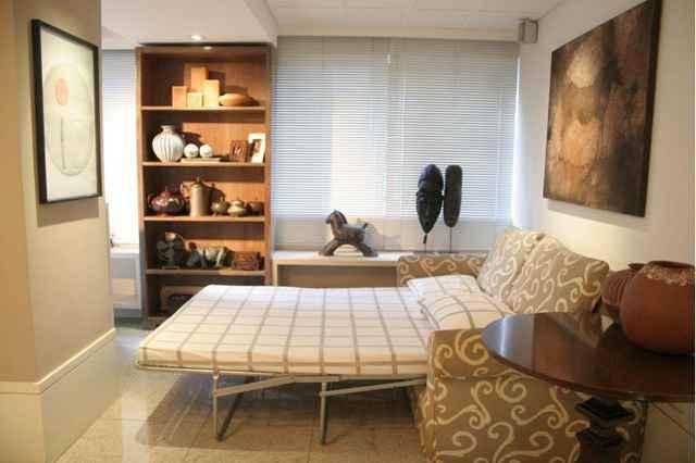 Aparadores, armários simples, sofá cama e pufes, figuram a lista de móveis coringas que podem se adaptar a qualquer ambiente (Monique Renne/Esp. CB/D.A Press)