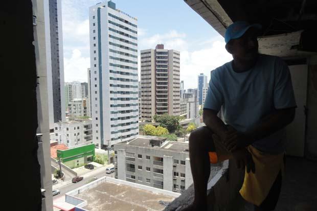 Hotel ocupado fica em uma das áreas mais nobres do bairro de Boa Viagem. Foto: Laís Araújo/Esp.DP/D.A Press