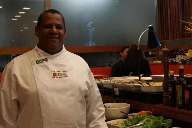 Chef Lázaro Soares é o responsável pela cozinha da casa (Camila Souza/DP/D.A Press)