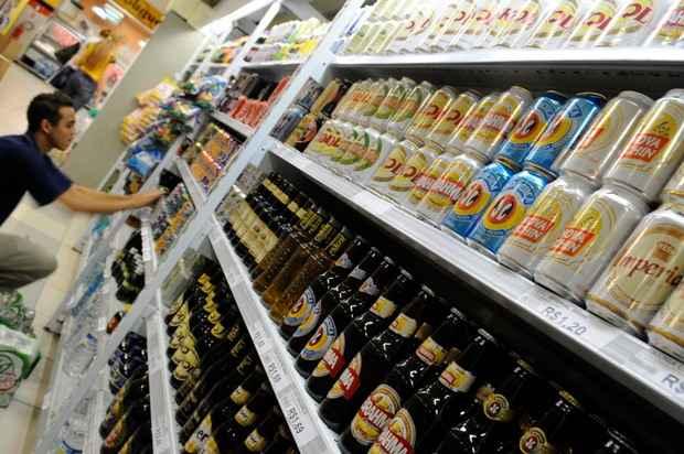 Entre janeiro e outubro, as vendas de cervejas apresentaram queda de 0,4%. Já os preços, registraram alta de 22% no mesmo período (Monique Renne/CB/D.A Press)