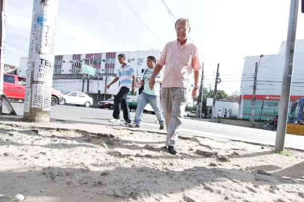 Administração vai investir R$ 60 milhões na melhoria dos passeios públicos. Foto: Roberto Ramos/DP/D.A Press