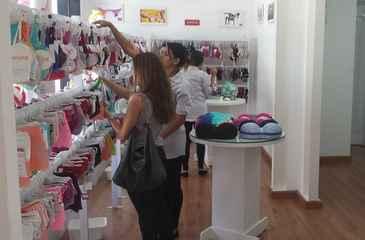 Outlet Lingerie recebe peças de coleções das marcas e as vende com descontos entre 30% e 70%. Foto: Divulgação