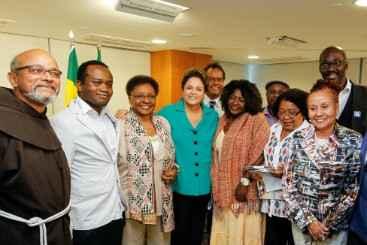 Cerimônia contou com representantes do movimento negro. Foto: Roberto Stuckert Filho/PR