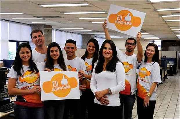 A analista da Unidade de Educação do Sebrae Cacilda Almeida, com sua equipe da competição de empreendedorismo ( (Euler Júnior/ EM/D.A Press))