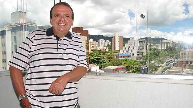 Diretor da Resimóveis Netimóveis, Antônio Xavier explica que o melhor aproveitamento do terreno possibilita maior oferta de coberturas   (Eduardo Almeida/RA Studio - 15/2/12)