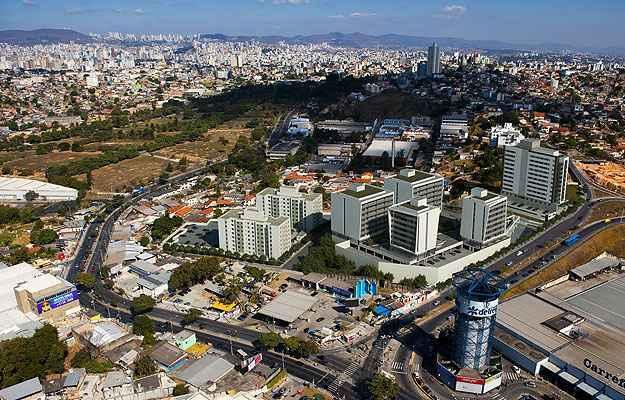 Complexo da Direcional Engenharia em BH compreende hotel, edifício comercial e residencial no mesmo conjunto (Direcional Engenharia/Divulgação)