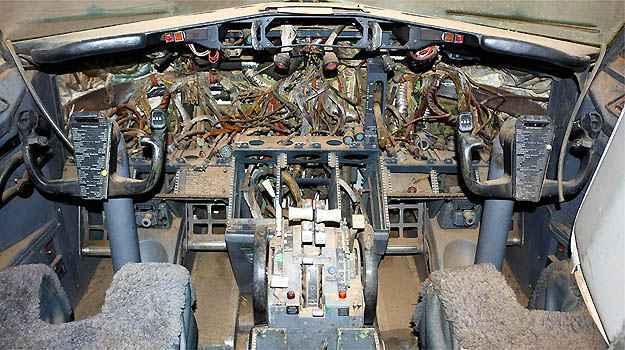 Faltam vários equipamentos na cabine de comando (Skyliner-aviation.de/Divulgação)